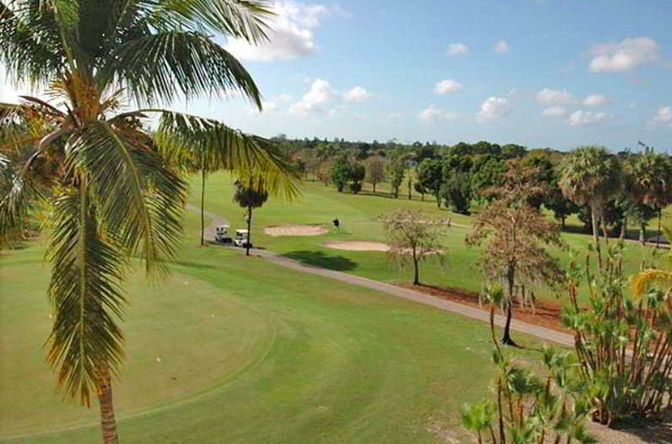 Quality Inn Amp Suites Golf Resort Public Naples Florida