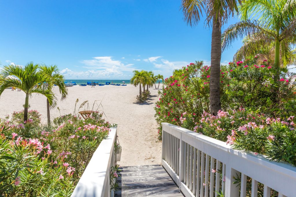 5 Reasons to Choose a Vacation Rental Instead of a Hotel in Florida