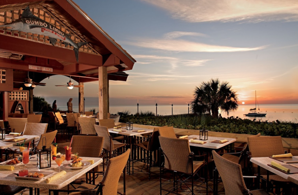 Ritz-Carlton Naples: Beach Front Hotel
