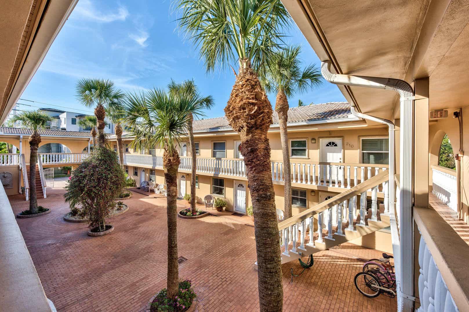 Short Term Apartment Rentals • Naples Florida Vacation Homes